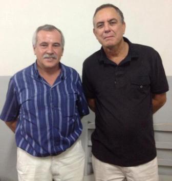 O antigo dirigente Herculano José dos Reis, o Dunda, ao lado do novo provedor Sebastião Sandre Angelo, o Tião Capeta.