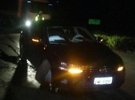 O carro oficial da Câmara sofreu avarias e foi recolhido em pátio credenciado